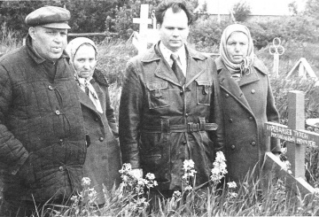 Shapovalov-s-sestrami-materi-Karavaitcevoi-Shymarinoi-i-bratom-Karavaitcevum